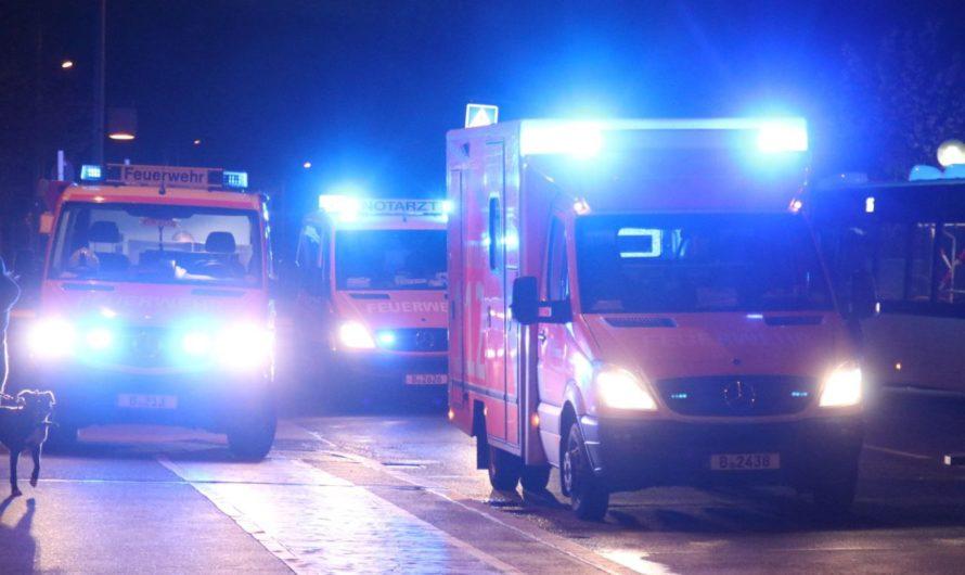 Messer-Attacke auf U-Bahnhof – Opfer springt aus Angst ins Gleisbett der U-Bahn